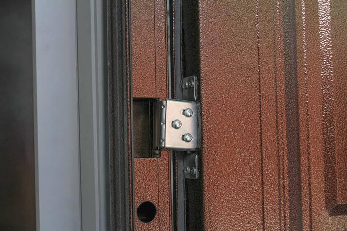 ustranyaem perekos metallicheskoj dveri 2
