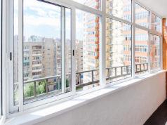 Выбираем остекления балконов