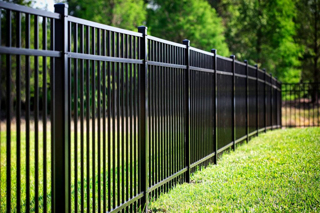 aluminum fence1
