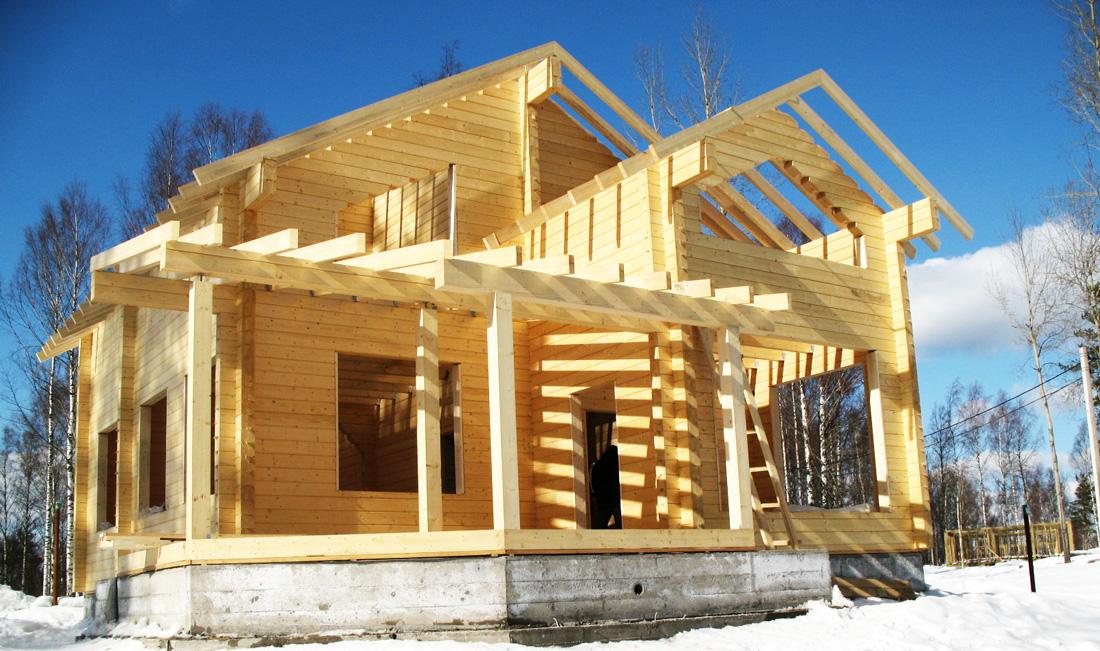 Из какой древесины строят дома